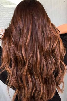 Highlights for Dark Brown Hair Color Tiger Eye: 21 Stunning New Ideas ★ See mo. - New Hair Styles Copper Brown Hair, Chestnut Brown Hair, Brown Hair With Blonde Highlights, Light Brown Hair, Hair Highlights, Red Blonde, Brown Hair Shades, Subtle Highlights, Dark Brown Eyes