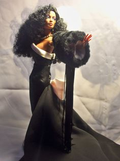 Stunning Diana Ross doll by repaint-artist bigboycty1. See more of his work in his photostream on flickr.