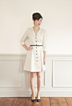With 1940s and 50s influences, the Vintage Shirt Dress is a classic that will take you from season to season in style. Effortlessly chic, its feminine cut is flattering for all body shapes and sizes. Just throw this dress on for an instantly put-together look and you're all good to go!  The pattern has both a sleeved and sleeveless version as well as endless fabric options, meaning there is tonnes of scope to make this dress your own. Ever verstatile, you can even go two-tone and make the…