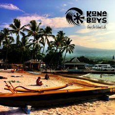"Kona Boys Canoe ""Wa'a"" rides from Kamakahonu Bay in Kailua-Kona, Hawaii. www.konaboys.com"