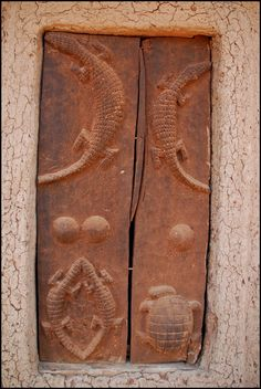 Africa | Carved wooden door from the Dogon people of Mali | ©Ursula G.