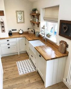 50 Beautiful Farmhouse Kitchen Sink Design Ideas And Decor - Googodecor,Lift Your Room With New Kitchen Decor Your kitchen might be a functional space at home, but that does not suggest it can not be effectively decorated. Kitchen Sink Design, Home Decor Kitchen, Interior Design Kitchen, New Kitchen, Kitchen Ideas, Kitchen Sinks, Awesome Kitchen, Vintage Kitchen, Butcher Block Countertops Kitchen