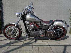 Dyna street bob Custom Choppers, Custom Harleys, Custom Bikes, Harley Davidson Dyna, Harley Davidson Motorcycles, Dyna Super Glide, Street Bob, Bobber Chopper, Moto Bike