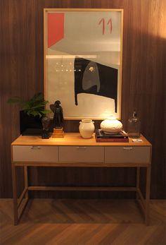 A madeira foi um dos itens mais utilizados na exposição da Casa Cor 2014, as cores marrom, preto e cinza predominaram em boa parte dos projetos. #casacor