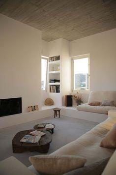 A Paros, très belle maison cycladique de 180 m2 avec vue panoramique sur la mer, la montagne et Antiparos. à 5 min des plages. 3 chambres, pour 7 personnes.