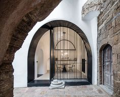 pitsou kedem architects conceives old jaffa house as a 'modern cave'