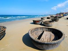 This Vietnam Beach Holiday to Hoi An, Da Nang, Hue for 6 Days covers highlights in Vietnam Central with visits to My Khe, Cua Dai, Lang Co beaché . surely brings to tourist the most relaxing time on your holiday . Vietnam Hotels, Vietnam Tours, Vietnam Travel, South Vietnam, Da Nang, Laos, Danang Vietnam, China Beach, Vietnam Voyage