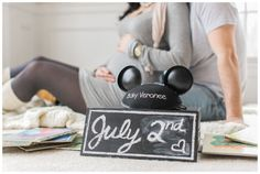 Amanda & Robbie : Disney Baby Announcement