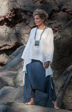 Women apparel: loose fit white linen top with a denim linen harem pants (sarouel) -:- AMALTHEE