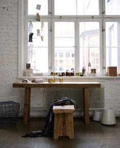 beautiful clunky console table and seat