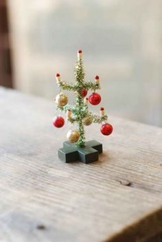 Top 40 Beaded Christmas DecorationsChristmas decorations are meant to be special and gorgeous. Christmas marks the beginning of holiday season. It is the best time of year to showcase your talent and creativity in home decor, gifting, cooking, and lots more. Here, we are going…