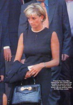 princess diana bag versace