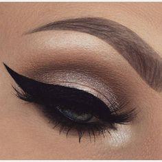 @slave2beauty -  @makeupbytaren @makeupbytaren   #makeup #eyemakeup #eyelook #eyeliner #eyeshadow #eyebrows #eyelashes #makeuplovers #makeupgirls #makeuptime #makeupartist #makeupaddict #makeupforever