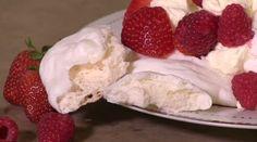 http://sfglobe.com/2014/12/12/easy-way-to-make-homemade-meringues-in-microwave/?src=fbfan_29589