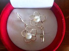 Flores de pendientes. arizzacrystal.simplesite.com arizzacrystal.blogspot.com