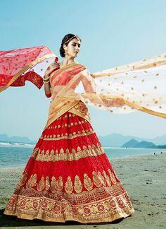 Indian Wedding Lehenga Choli  Ethnic wear Traditional Bridal Pakistani Bollywood…