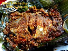 Kerala Meen Pollichathu (fried fish in banana leaf) Indian Fish Recipes, Indian Snacks, Chicken Karahi, Chicken Curry, Curry Recipes, Snack Recipes, Fish Cutlets, Crab Dishes, Mumbai Street Food