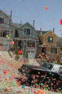 Sony Bravia Balls bounce in San Francisco | The Inspiration Room