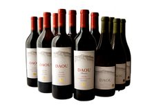 Paso Robles wines TASTE, TOUR and SHOP ~ Wine Tasting and Touring In & Around Paso Robles Wine Country!  http://www.thewinewrangler.com/
