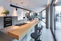 Interior Design Inspiration, Gabriel, Conference Room, Interior Architects, Architecture, Table, Furniture, Home Decor, Kitchen Black