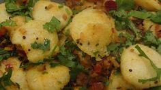 Vaghar Idli. Spiced mini steamed rice cakes. #lunchbox #recipes #idli