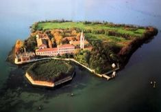 The Beautiful and Scary Island of Poveglia: The Death place of 160,000 People