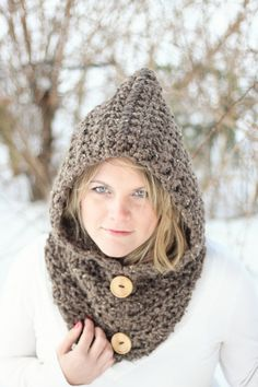 Cowl HOODIE CROCHET PATTERN The Toronto.