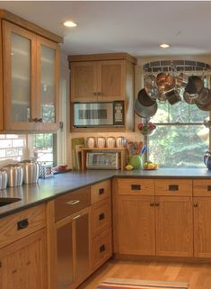 Craftsman Style Kitchen Cabinets | Bold Cabinetry :: Custom Kitchens Offices and Baths :: Kittery Maine
