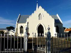 Die NG Kerk is die 29 ste oudste NG gemeente van SA. Die dorp is na Koningin Victoria se eggenoot, Prins Albert, vernoem ( 1843)...
