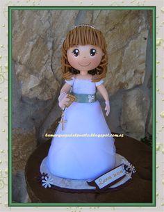 Esta es la muñequita para la comunión de Laura. Me han dicho que le gustó muchisimo. Espero que haya disfrutado de su dia.