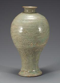 (Korea) Buncheong Porcelain Bottle. ca 15th century CE. Joseon Kingdom, Korea. 粉靑沙器 象嵌魚文梅甁 Korean Porcelain , Art , Jade , Glass,  Wood and Antiques : More At FOSTERGINGER @ Pinterest