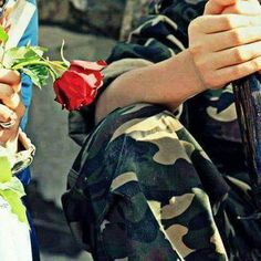 Army Love Quotes, Indian Army Quotes, Love Book Quotes, Military Couples, Military Girlfriend, Military Love, Army Couple Photography, Army Poetry, Army Couple Pictures