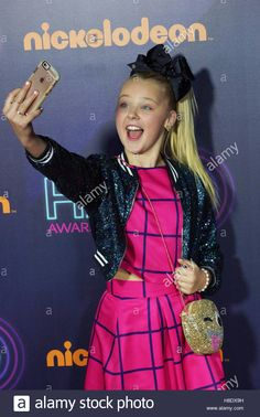 Download this stock image: New York, USA. 11th Nov, 2016. JoJo Siwa at The Nickelodeon HALO awards at Pier 36 November 11, 2016 in New York, NY © The Photo Access/Alamy Live News - H8DX9H from Alamy's library of millions of high resolution stock photos, illustrations and vectors.