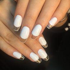 Diseños de uñas blancas transparencias tip transparente