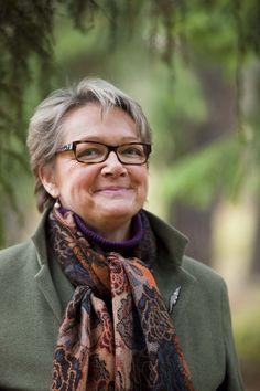 Annu Palmu on kouluttaja, joka edistää ihmislähtöistä johtamiskulttuuria.