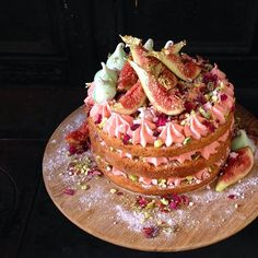 My take on the traditional Persian Love Cake – rose water cheesecake, crushed pistachios and rose meringue, hidden between layers of spiced caramel mudcake and topped with fresh figs, rose petals and almond meringue kisses. Shared with fascinating friends, beautiful wine and colourful conversations courtesy of Brown Brothers. You can find my exclusive recipe at www.colourfulconversations.com.au