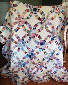 Double Wedding Ring Quilt 4