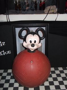 Vintage Mickey Mouse Hippity Hop