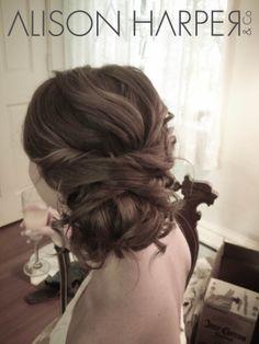 Love this bridesmaids hair style!       www.AlisonHarperA...