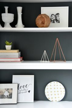 Style your Shelves with DIY Geometric Sculptures Diy Home Decor Projects, Easy Projects, Decor Crafts, Diy Crafts, Do It Yourself Inspiration, Geometric Sculpture, Gold Diy, Room Paint, Diy For Kids