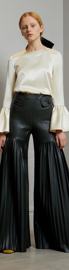 Pre-Fall 2018 Huishan Zhang Black White Red, Fashion Plates, Fall 2018, Leather Fashion, Real Leather, New Look, High Waisted Skirt, Leather Skirts, Gowns