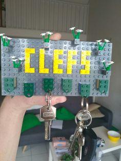 Porte clefs maison en légo. Plaque 6x24 x2 pour le support