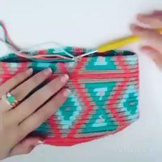 Crochet ideas pattern diy knitting for beginners knitting ideas knitting patterns knitting projects knitting sweater Knitting Terms, Knitting Patterns Free, Free Pattern, Knitting Videos, Free Knitting, Tapestry Crochet Patterns, Crochet Stitches, Yarn Store, Crochet Videos