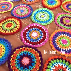 Crochet mandalas video tutorial! ༺✿ƬⱤღ https://www.pinterest.com/teretegui/✿༻