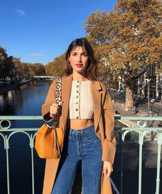The effortless Parisienne style of Jeanne Damas in 9 staple pieces Fashion Mode, Look Fashion, Girl Fashion, Autumn Fashion, Fashion Outfits, Ladies Fashion, Fashion Art, Fashion Brands, Fashion Ideas