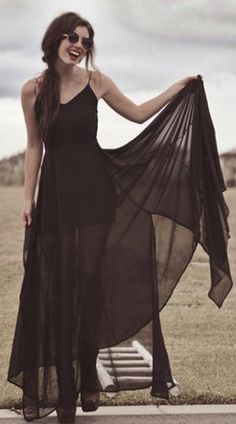 Long chiffon maxi dress Not normally my style, but I do love this look.