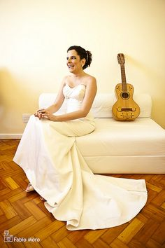 The bride and acoustic guitar