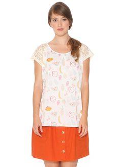 Camiseta color blanco estampado frutas