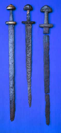 "Sørup (Søndersø) Sword on the right. -  Late Germanic Iron Age ""Prestige Swords"", Denmark. - Tre-sværd. Osted-Søndersø, Sørup. - http://myarmoury.com/"