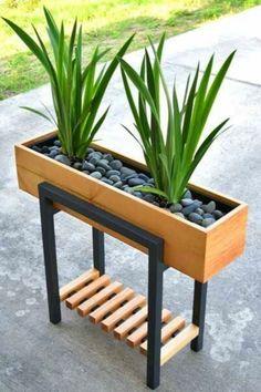 Diy Garden Furniture, Iron Furniture, Steel Furniture, Home Decor Furniture, House Plants Decor, Plant Decor, Industrial Design Furniture, Furniture Design, Diy Wood Planters